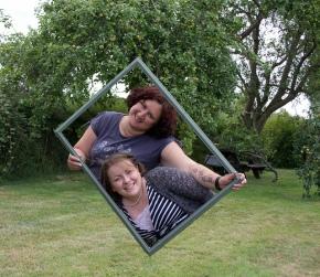 floating frame